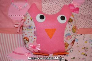 Подушка-сова из фетра и хлопка